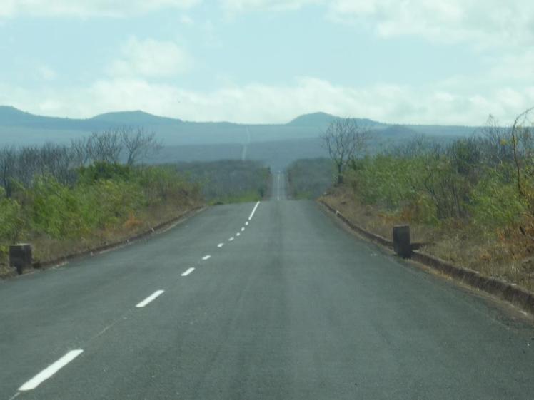 galapagos road