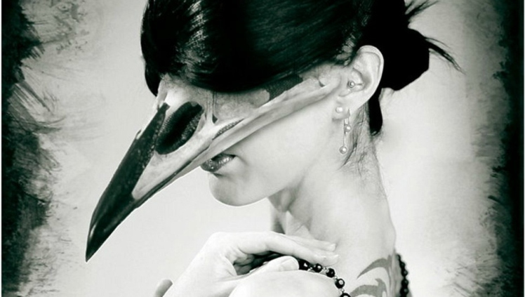 bird-beak-woman2
