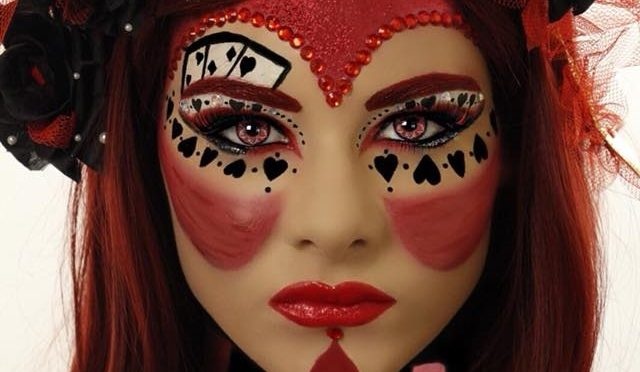 Red-Queen-Queen-of-Hearts-Halloween-Makeup-Tutorial-640x372